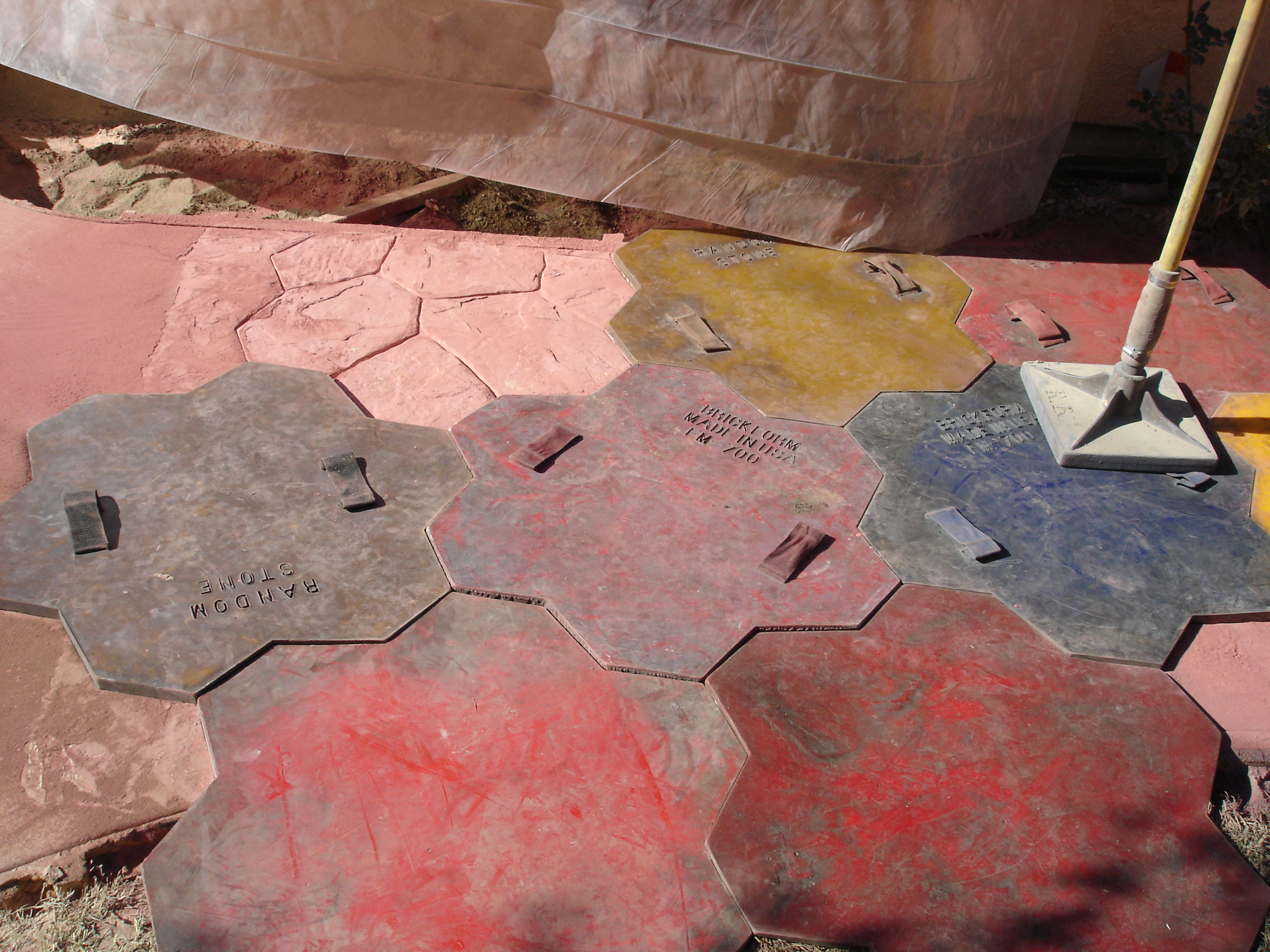 Colored stamped cement (7)