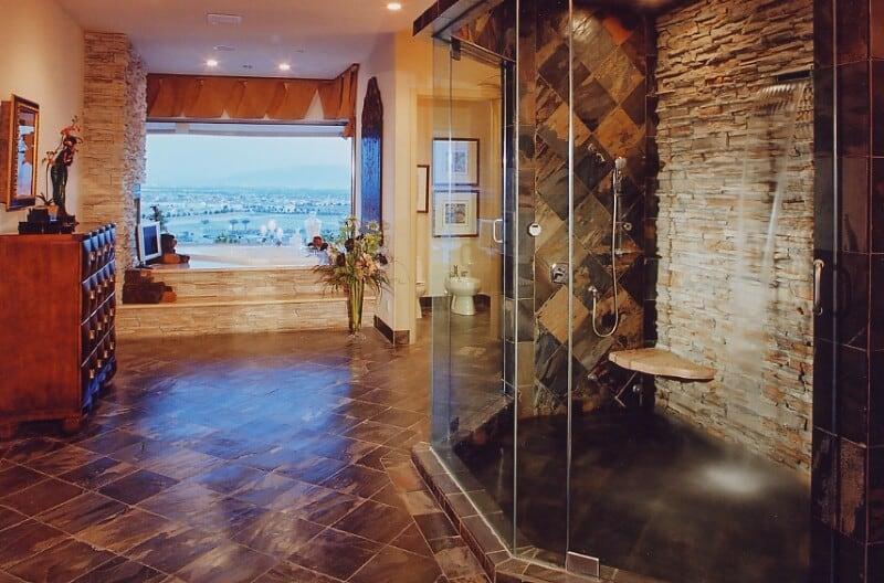 disined bath (114)